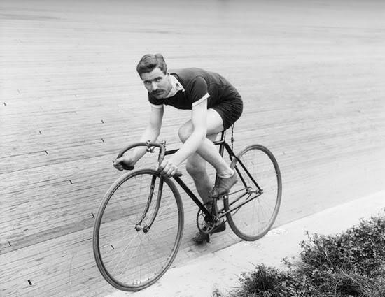 vintage-cyclist